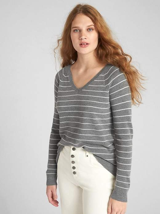 Brooklyn V-Neck Pullover Sweater