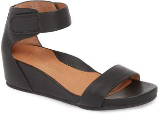 Kenneth Cole GENTLE SOULS SIGNATURE Gentle Souls by Gianna Wedge Sandal