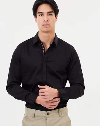 yd. Baker Slim Fit Shirt