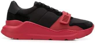 Burberry low top sneakers