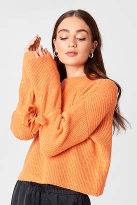 NA-KD Na Kd Cropped Tied Sleeve Knitted Sweater