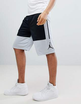 Jordan Rises Shorts In Black 889606-015