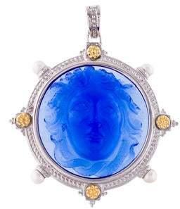 Tagliamonte Pearl & Venetian Glass Medusa Cameo Pendant