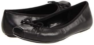 Jessica Simpson Leve Women's Flat Shoes
