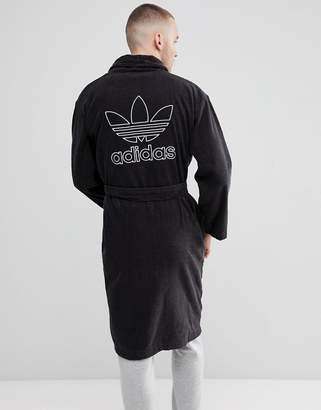adidas adicolor Robe In Black CF6934
