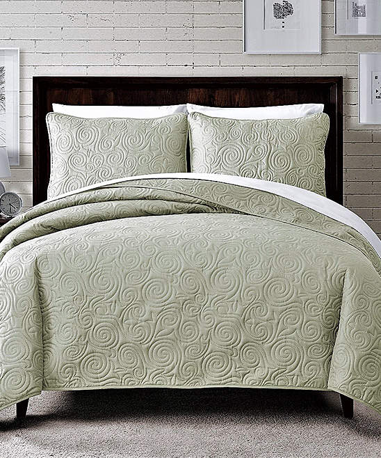Soft Green Dream Swirl Pinsonic Quilt Set