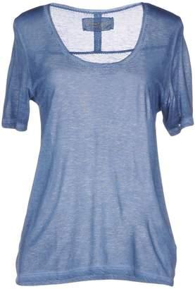 Bella Jones T-shirts
