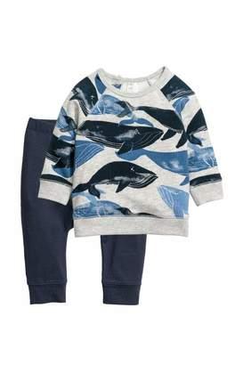 H&M Sweatshirt and Pants - Gray/whales - Kids