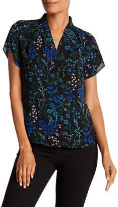 Modern American Designer Floral Button Down Flutter Sleeve Blouse