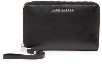 Marc Jacobs Zip Phone Leather Wristlet
