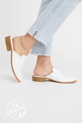 BC Footwear Vegan Austin Flat