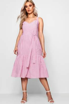 boohoo Plus Sweetheart Peplum Hem Midi Dress