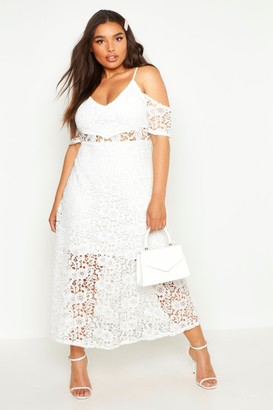 59845d3d8d4a boohoo Plus Crochet Lace Premium Skater Dress