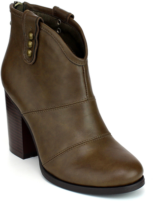 Taupe Metal Stud Avenue Boot $49.99 thestylecure.com