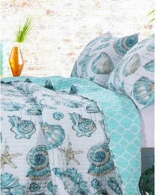 Global Trends Coastal Seashell Reversible Quilt Set with Script