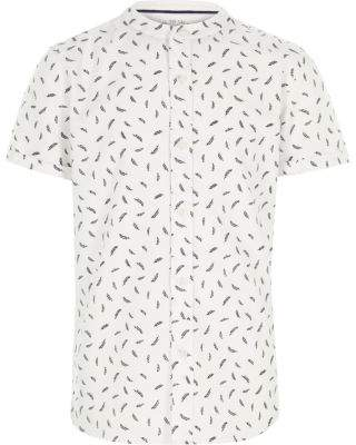 River Island Boys white feather short sleeve grandad shirt