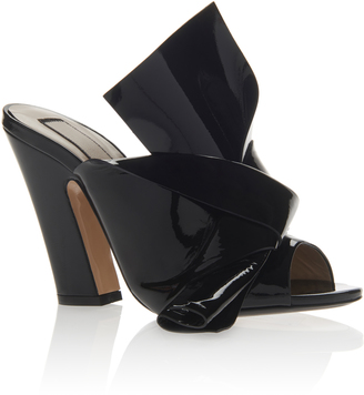 N21 Patent Leather Knotted Mule