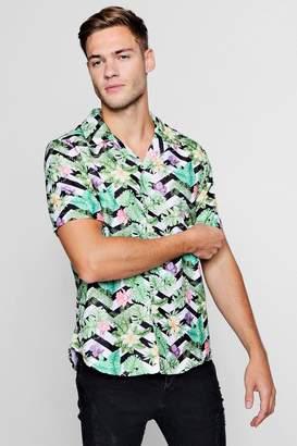 boohoo Floral Chevron Short Sleeve Revere Shirt