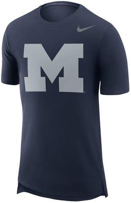 Nike Men's Michigan Wolverines Enzyme Droptail Tee