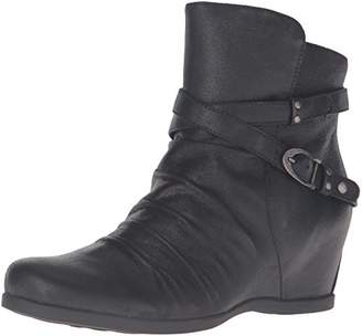 BareTraps Women's Bt Qally Ankle Bootie $17.44 thestylecure.com