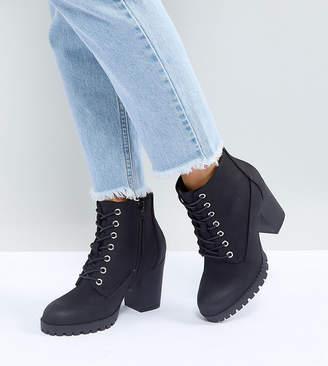 New Look Wide Fit Lace Up Cleated Sole Heeled Ankle Boot