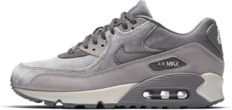 Nike 90 LX Women's Shoe