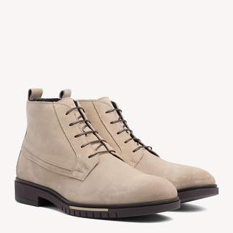 30d50c7d46bead Tommy Hilfiger Flexible Sole Suede Chukka Boots