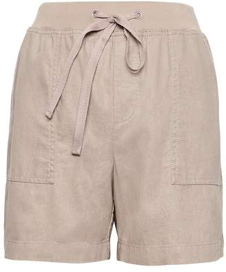 "Banana Republic Petite Soft Linen-Cotton 5"" Pull-On Short"