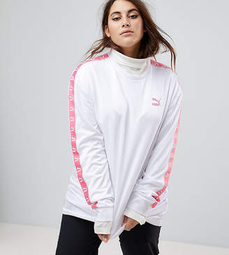 Puma Exclusive To ASOS Plus Soccer Jersey In White With Pink Taped Side Stripe