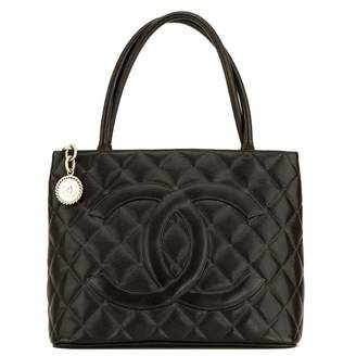 Chanel Black Quilted Caviar Medallion Tote (4135001)