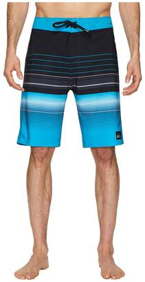 Quiksilver Highline Swell Vision 21 Boardshorts Men's Swimwear