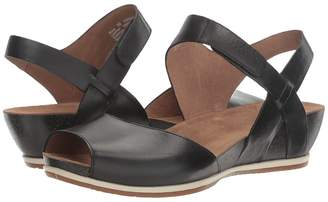 Dansko Vera Women's Shoes