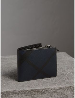 Burberry London Check International Bifold ID Coin Wallet $375 thestylecure.com