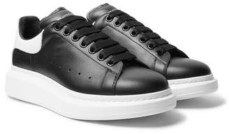 Alexander McQueen Larry Exaggerated-Sole Leather Sneakers - Black