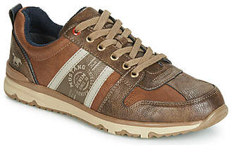 4095302-303 men's Shoes (Trainers) in Brown
