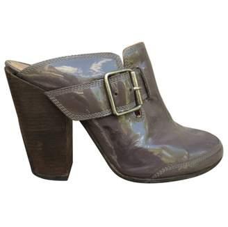 Dries Van Noten Purple Patent leather Mules & Clogs