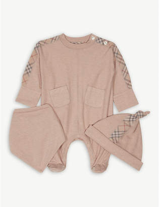 Burberry Colby bodysuit, hat and bib set 1-6 months