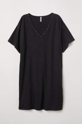 H&M T-shirt Dress with Studs - Black
