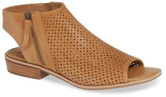 Sofft S?fft Natesa Perforated Sandal (Women)