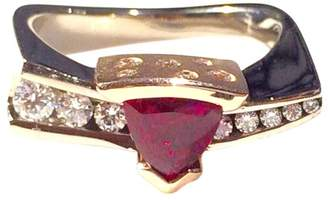 18K White Gold &14K Rose Gold Trillion Cut Ruby and Diamond Ring Size 8