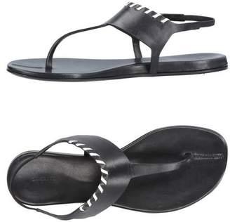 Carritz Toe post sandal