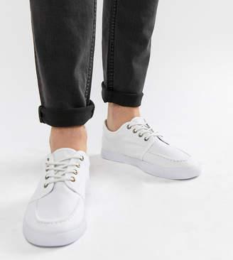 Asos Design DESIGN Wide Fit lace up plimsolls in white canvas 9c1e7dd7e