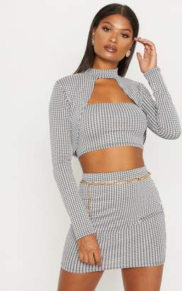 PrettyLittleThing Monochrome Dogtooth Print Open Front Crop Top