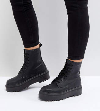Asos Design DESIGN Attitude Wide Fit chunky lace up boots