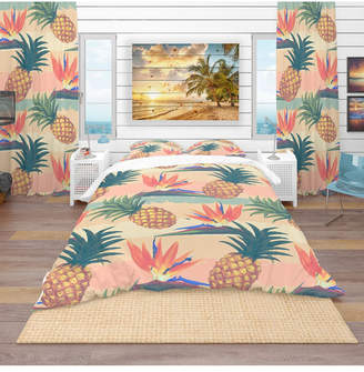 Design Art Designart 'Tropical Exotic Flowers and Pineapple Pattern' Tropical Duvet Cover Set - King Bedding