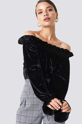Na Kd Party Off Shoulder Velvet Smock Top Black