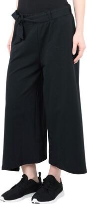 Puma 3/4-length shorts