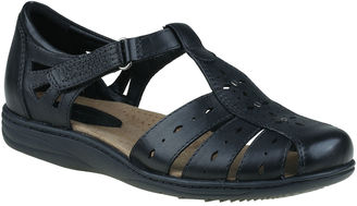 EARTH ORIGINS Earth Origins Laurie Womens Slip-On Shoes $90 thestylecure.com