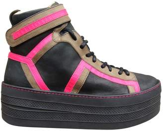 Free Lance Sneakers