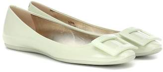 Roger Vivier Gommette patent leather ballet flats